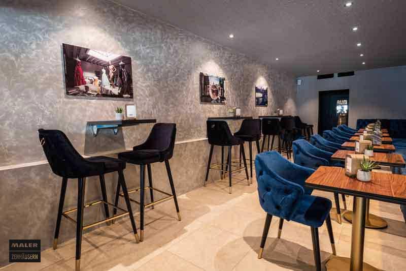 Sitzmöglichkeiten der Luna Cafe Bar